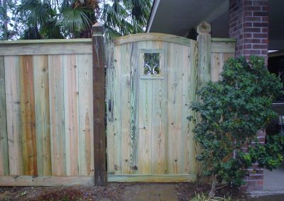 6' Custom Treated Pine Fence With Arched Walk Gate